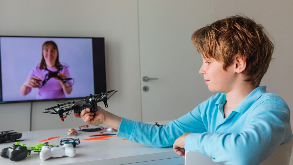 6 Engaging STEM Gifts For Middle Schoolers