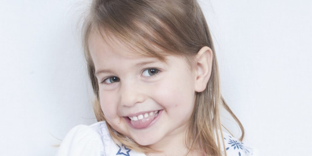 7 Guaranteed Ways to Raise A Confident Daughter