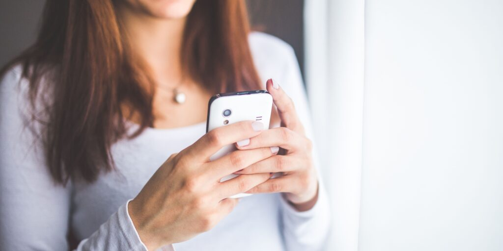 Parents: How To Break Up With Your Cell Phone