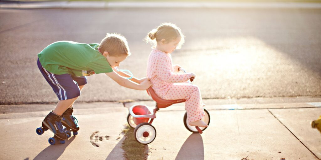 How To Teach Siblings To Be Best Friends