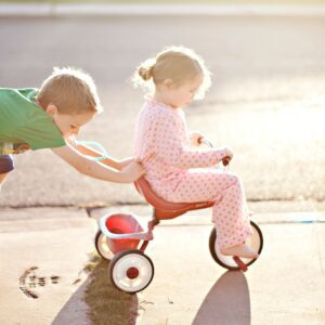 How To Teach Siblings To Be Best Friends 1
